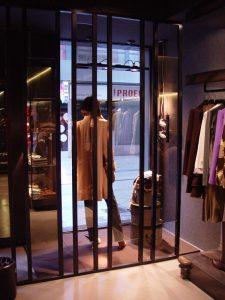 espacio-interior-proyectos-tienda-suatti-leon-008